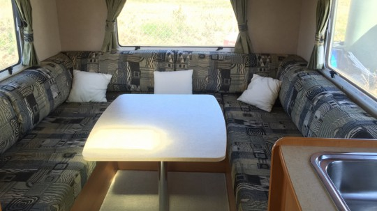 Jayco conquest ft23 4 motorhome for Used small motor homes