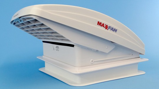 Maxxfan Deluxe With Rain Dome Thermostat Amp Manual Lift